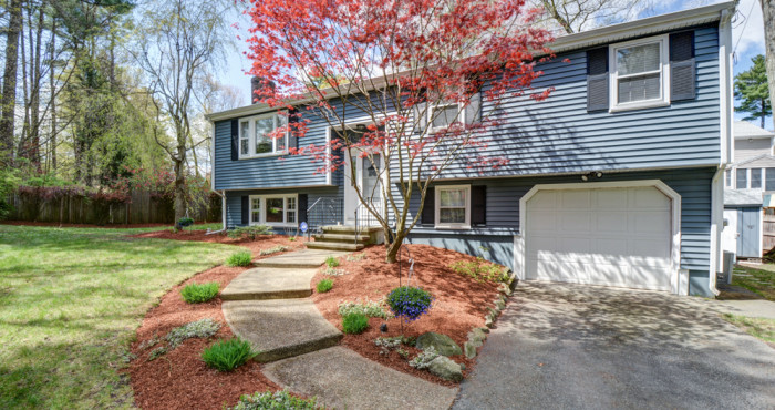 648 Pearl St Reading, MA Home For Sale