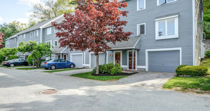 30 Country Hill Lane Haverhill MA